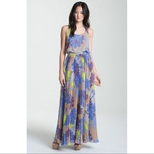 Jessica Simpson Max Dress